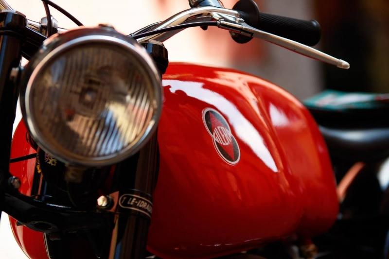 moto-installazioni-automobili-mostre-bici-artisti-concerti-treviglio-vintage-2016-004