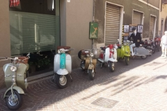 moto-installazioni-automobili-mostre-bici-artisti-concerti-treviglio-vintage-2016-002